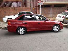 Opel Astra 200i Very clean &Smart PRICE REDUCE FROM R36000-R34000 CASH