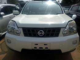 Nissan X-trail 2009 with sunroof