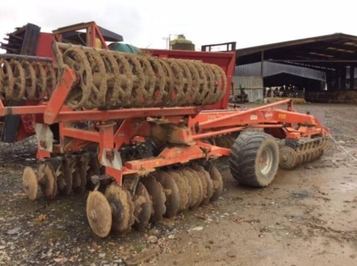 Kuhn discover xm 32 - 2009