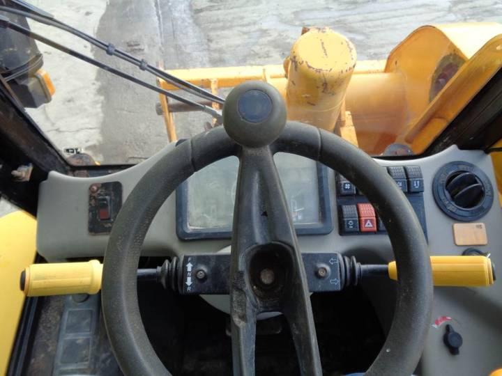 JCB 520-40 Farm Special - 2001 - image 8