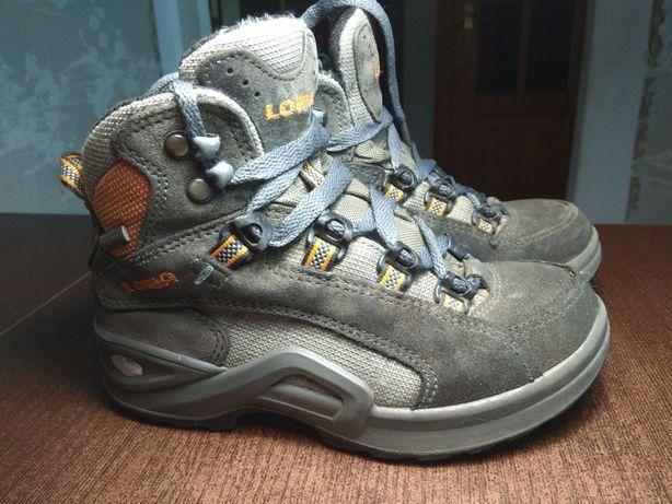 Ботинки Lowa  80 грн. - Дитяче взуття Коломия на Olx 7288a539b6a33