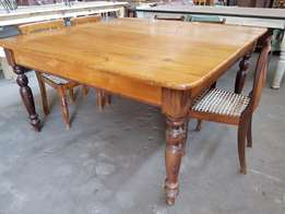 Yellowood Square Table J 2113