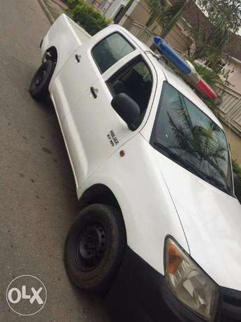 TOYOTA HILUX 2010 In Great Condition Asokoro - image 2