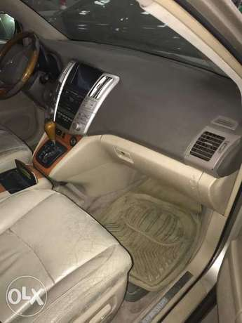 Clean Lexus RX330 (full option) with custom papers Ikeja - image 3
