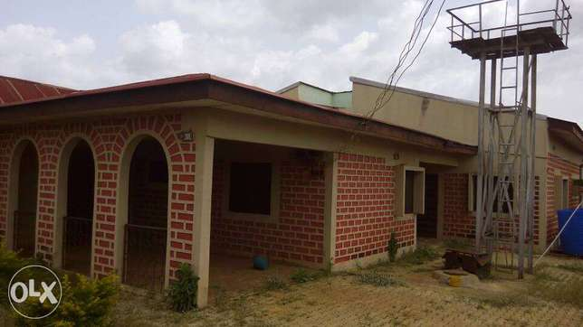 3 Bedroom flat available in MAKURDI behind civil service commission. Makurdi - image 1