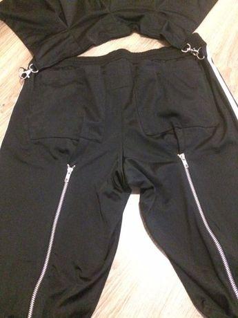 Adidas Jeremy Scott, dresy, czarne spodnie Jasło • OLX.pl