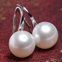 1Pair Korean Womens White Pearl Gold Silver Earrings Hook Stud Wedding