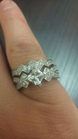Princess cut stone 2 pc brand new solid silver ring.size 7. Johannesburg - image 6