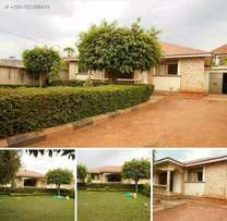 Kiira Nice looking house available for sale