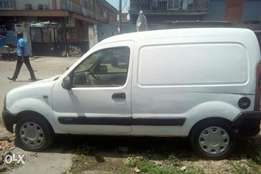 A used Renault delivery van