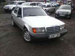 Keeps going! Mercedes Benz 200E KZM Manual Petrol