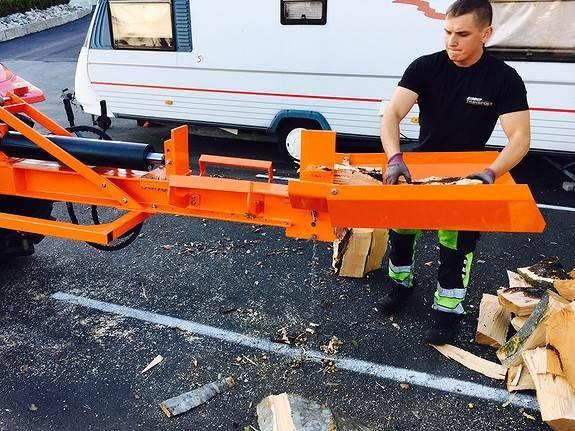 20 Tonn Vedkløyver Til Traktor - 2019