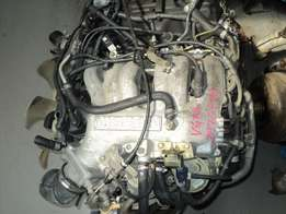 NISSAN 3.3 V6 engine R10950
