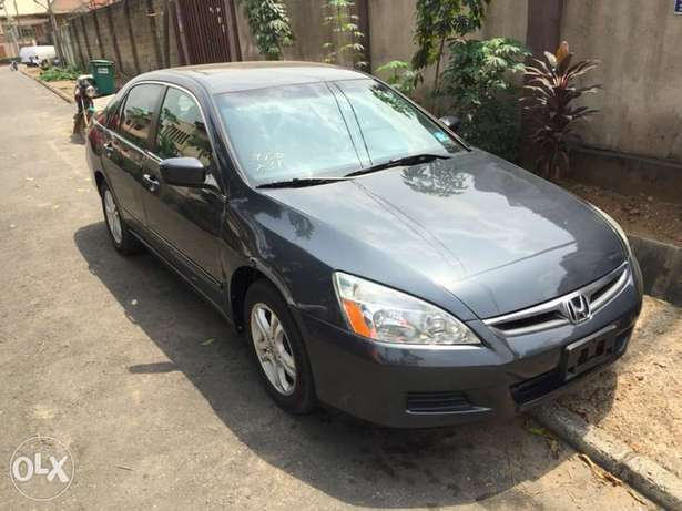 2007 Model Honda Accord Tokunbo Ifako Agege - image 6