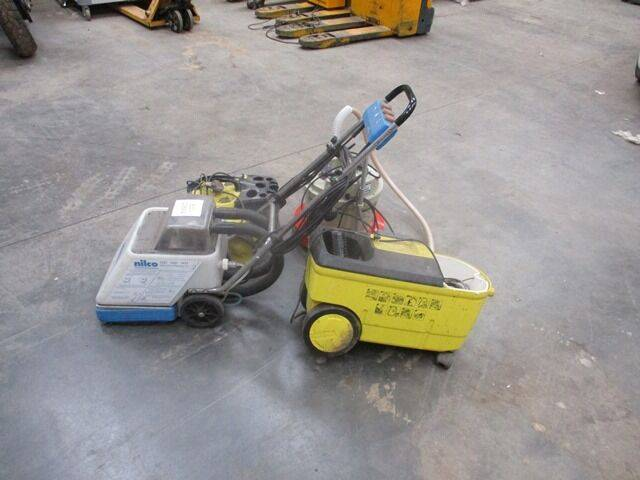 Floor 4 X  STEAM CLEANERS 240 V pressure washer for sale by