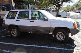 Jeep ZJ Grand Cherokee Parts Available