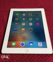 Apple iPad 3, 32GB, Wifi, White with latest iOS (Super Clean)