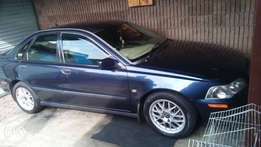 selling my volvo S40 2.0 T for R35.000 lowest price wil be R30.000