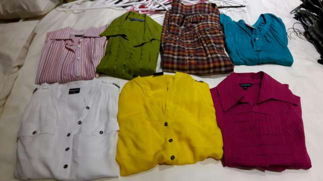 Womens skirts, pants and tops. Size 30 -32 Johannesburg - image 2