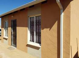 Cosmo city 2bed house for rent