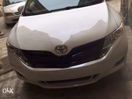 Toyota Venza 2014 model tombs start