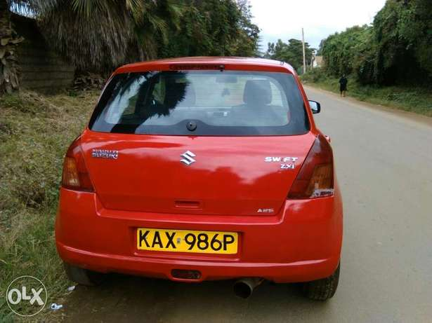 A very clean Suzuki Swift 1300cc Manual Donholm - image 4