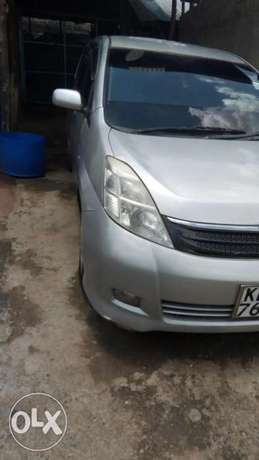 Sell of Toyota Isis 7 seater Car Kiserian - image 5