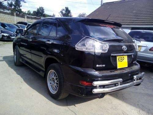 2004 Toyota Harrier KBP auto 2400cc. 4WD!! Trade in accepted!! Karen - image 1