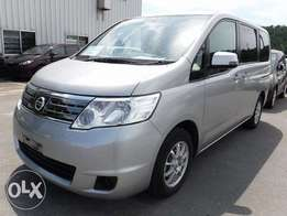 Nissan serena with alloy rims
