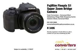 Fujifilm Finepix S1 Super Zoom Bridge Camera
