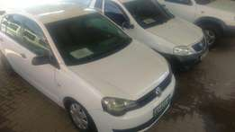 Vw Polo 1.4 trendline sedan white R79500