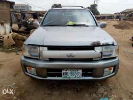 .Neatly used first body infiniti QX4 02 on sale