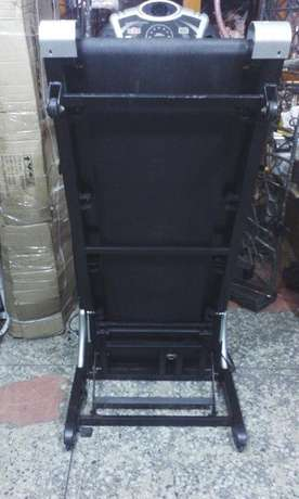 Tokunbo or Fairly Used 3.5hp Treadmill Surulere - image 4