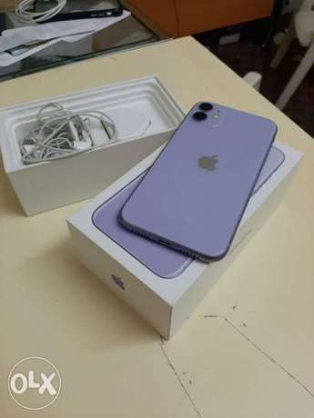 iphone 11 128gb with box and all accessories original warranty