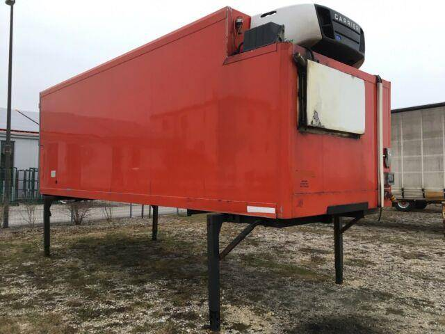 Carrier rohr isolierter bdf  kühlkoffer_  supra 850 - 2006