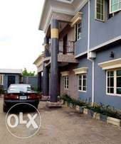 3bedrooms flat for rent at niger cat