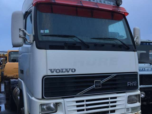 Volvo FH12-460 GLOBETROTTER - 2000