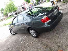 Super clean 2006 Toyota camry.clean title.no issues.just buy and drive
