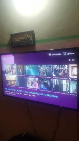 40 Inches Samsung Smart Led TV. Ilorin West - image 3