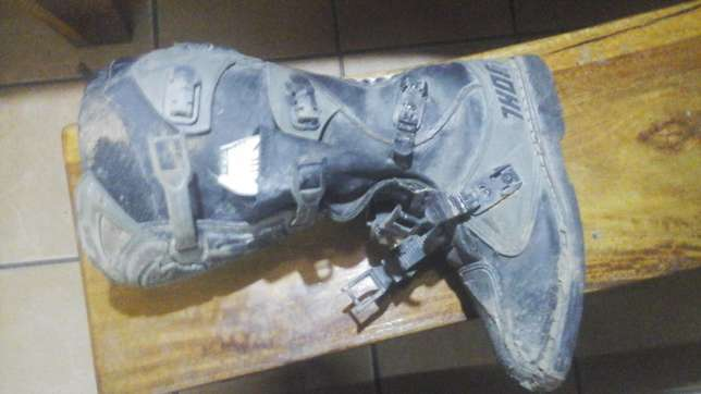 Thor boots.no 10 as new George - image 1