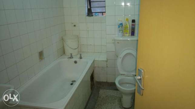2 bedroom to let in south b South B - image 6