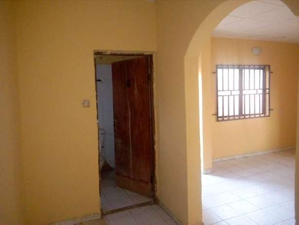 1bedroom flat to let at CBN Qtrs by the end of the street FHA Lugbe Lugbe - image 5