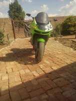 ZX6R in very good condition for R26000 neg