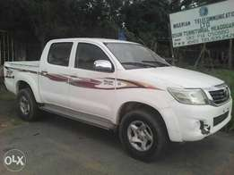 Used Toyota Hilux 2010 model