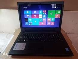 Mint. Out of Box. DELL INSPIRON 15 3000 Touchscreen Laptop.