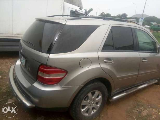 Benz 2008 ml350 has small issue Gwarinpa Estate - image 1