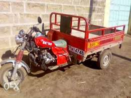 well maintained Tuktuk on sale fast come fast get