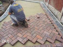 concrete constructin .registered builder. general building and paving