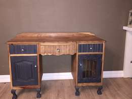 Kiaat dresser /desk
