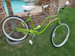 Schwinn S1 ladies cruiser